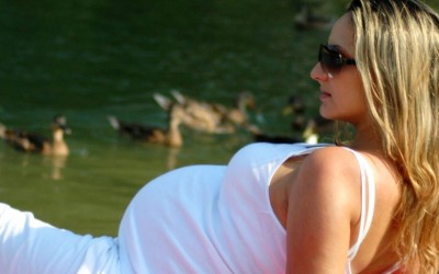 החלקת שיער לנשים בהריון